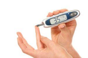 vércukormérő használat közben